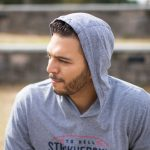 Grey-Hooded-Pullover-2